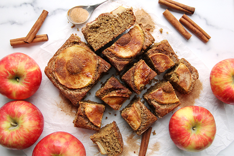 Apple cider donut cake from above, cut into slices