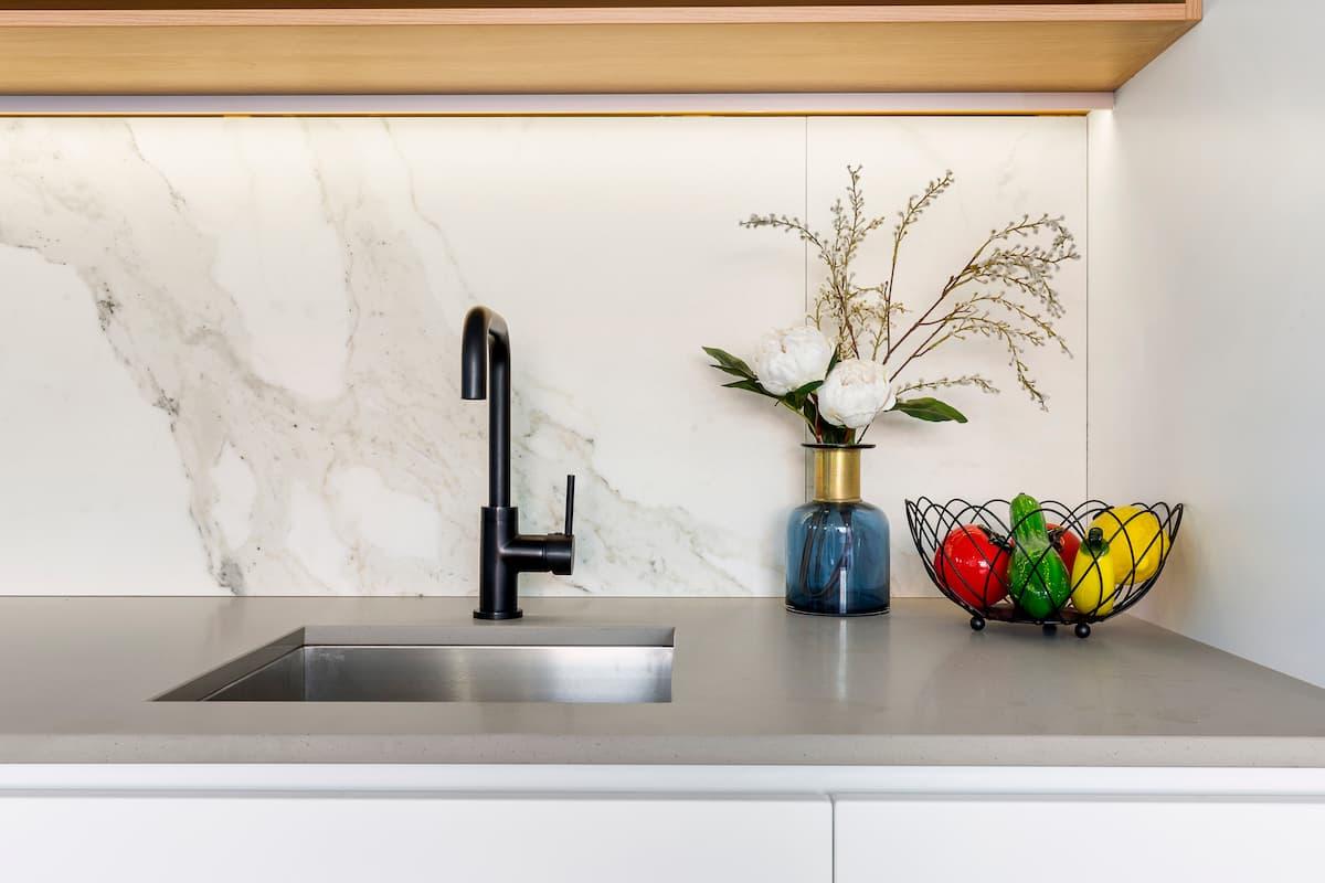 Kitchen area, 104 Gooch St, Thornbury, Melbourne