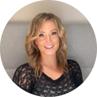 Headshot fo Ashley Woods, Senior Associate - Client and Talent at TEEMA