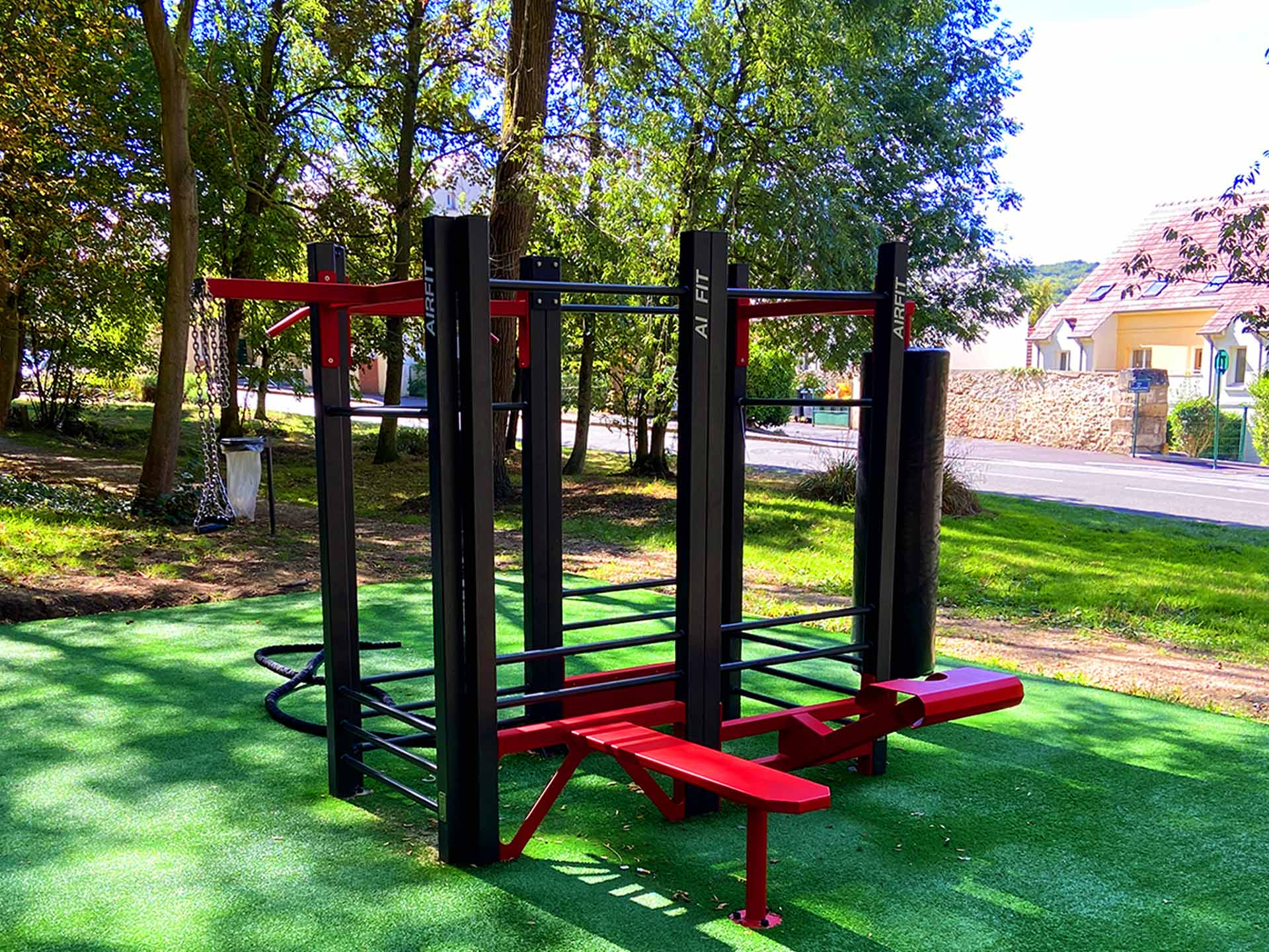 Photo de l'équipement sportif dans le parc François Mitterand de Clermont de l'Oise