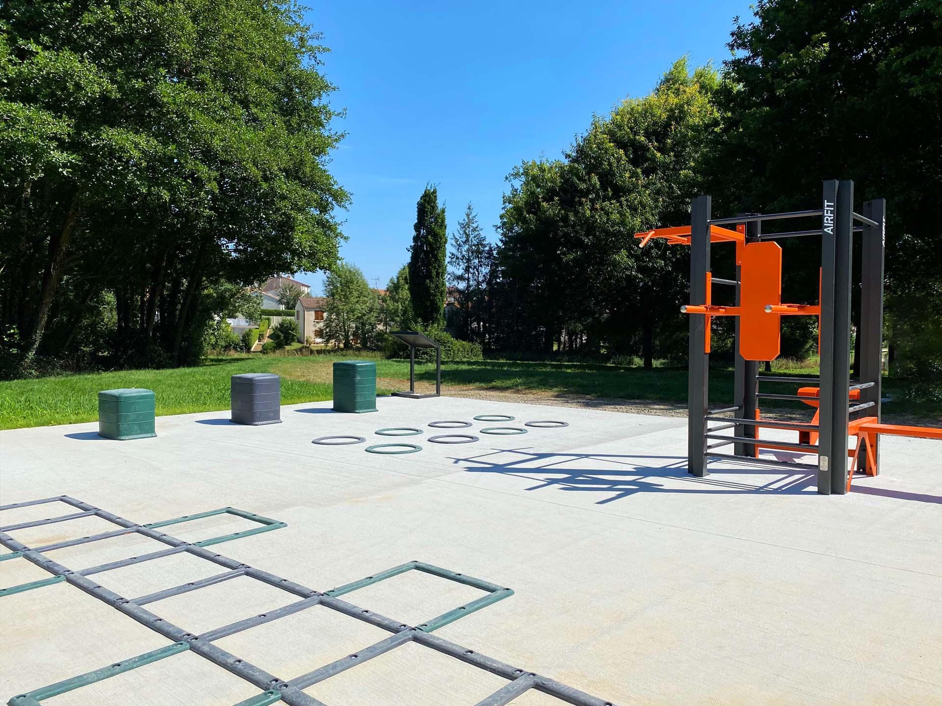 Photo de l'aire de sport en extérieur à Mouilleron-le-Captif