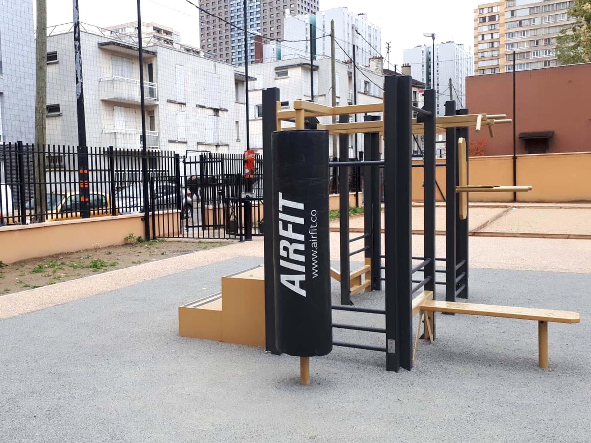 Photo de l'équipement sportif en extérieur AirFit rue des Cités à Aubervilliers