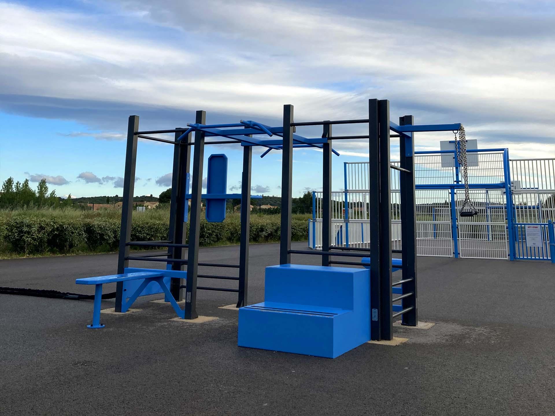 Photo de la Station de Fitness derrière le City Stade à Cournonterral