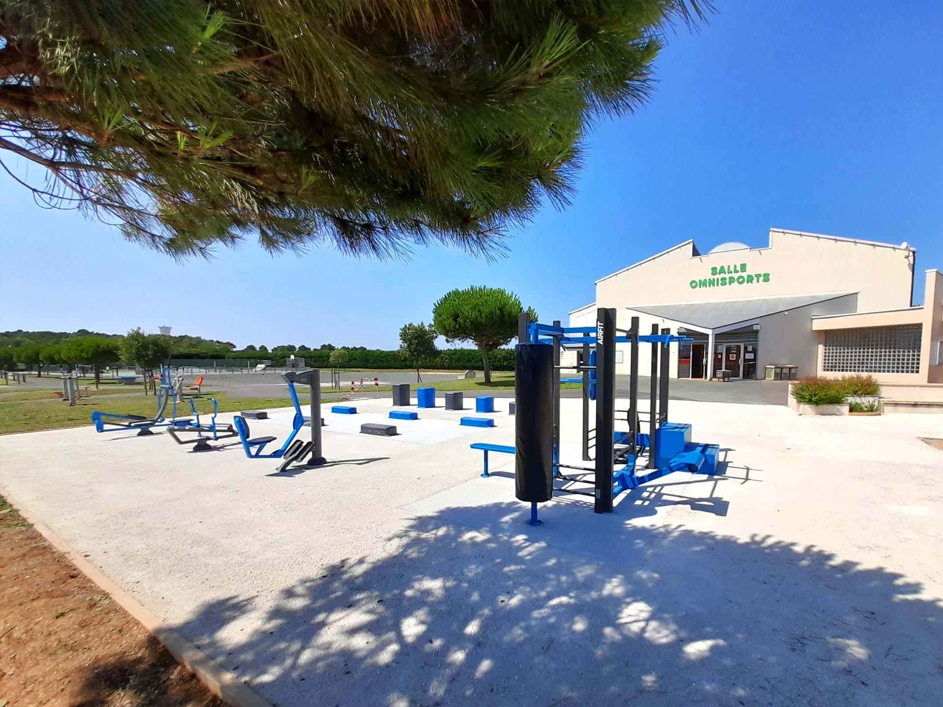 Photo de l'aire de fitness extérieure du complexe du Clouzy, Longeville sur Mer