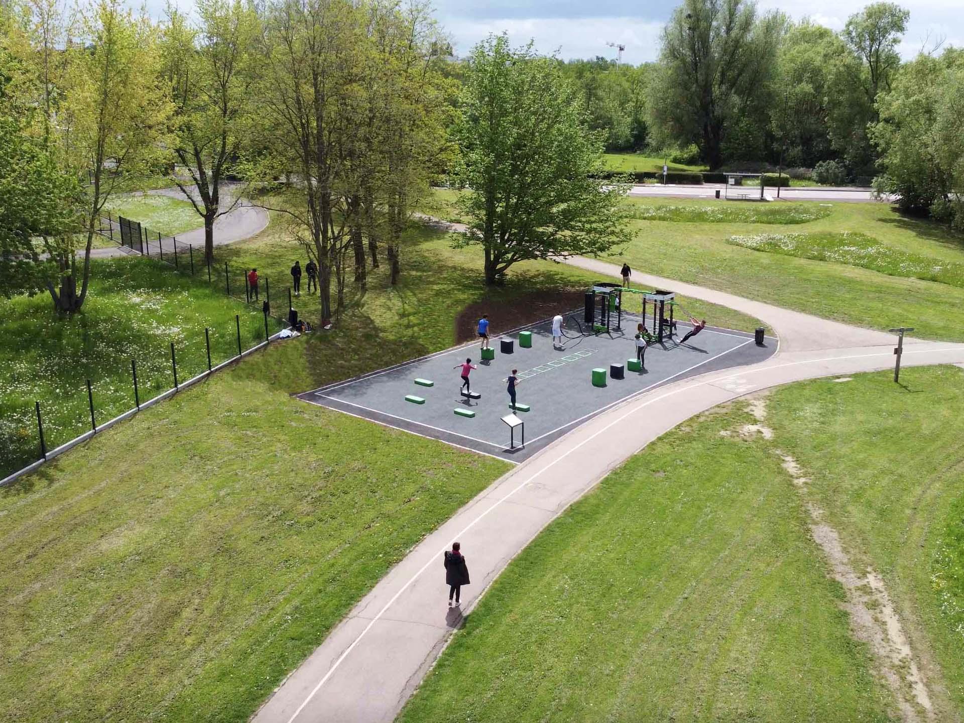 Photo drone des équipements sportifs extérieurs AirFit de Metz