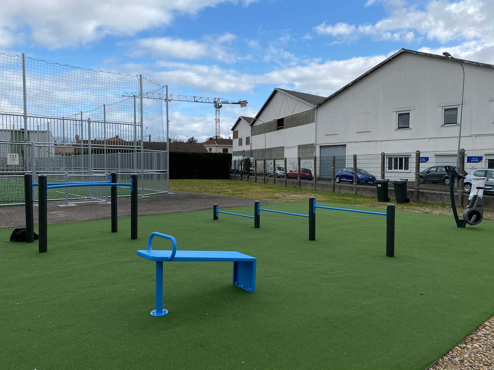 Photo des équipements sportifs extérieurs en accès libre de Bègles