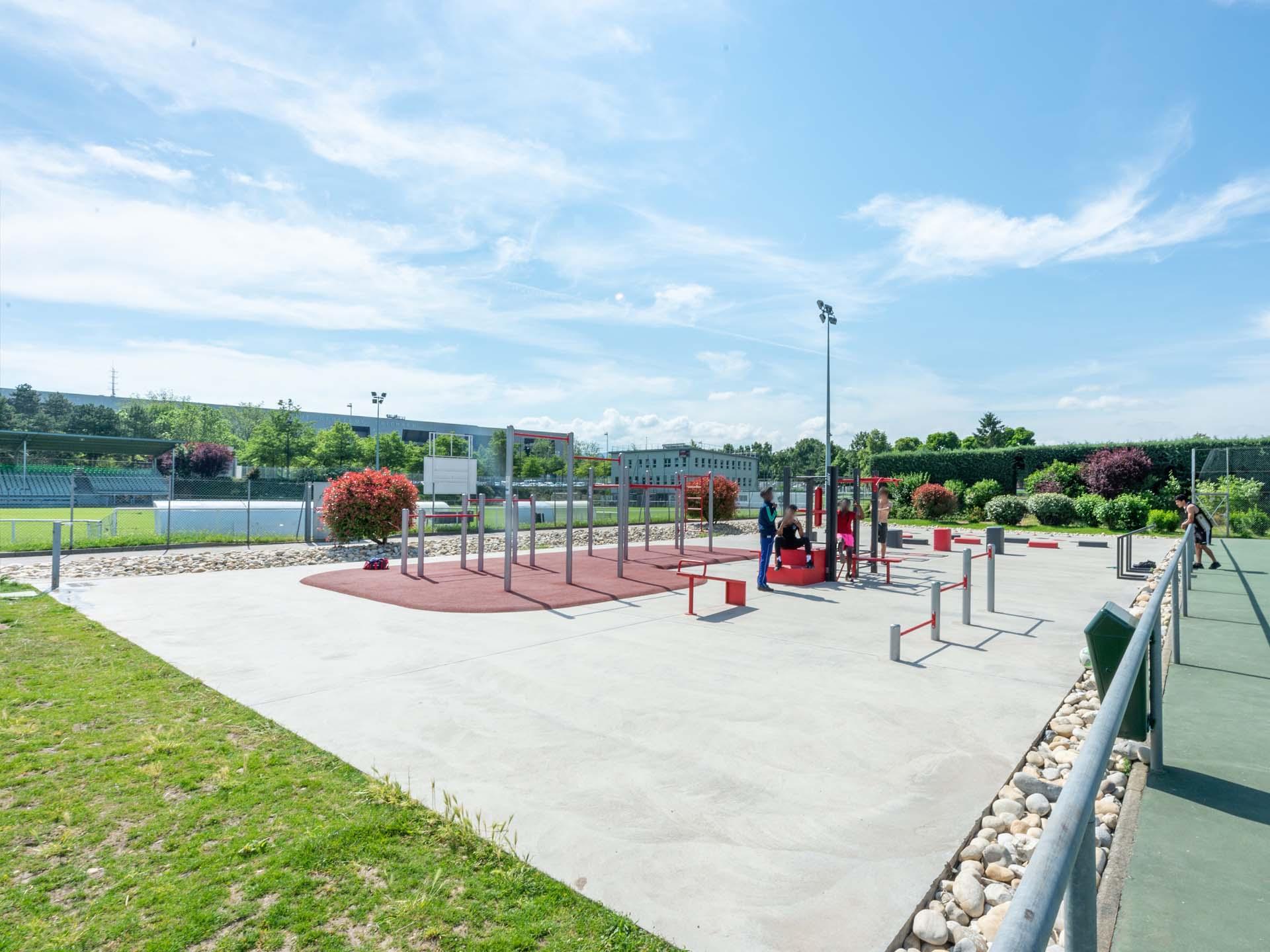 Photo de l'aire de sport en plein air de Saint Etienne - Etivallière