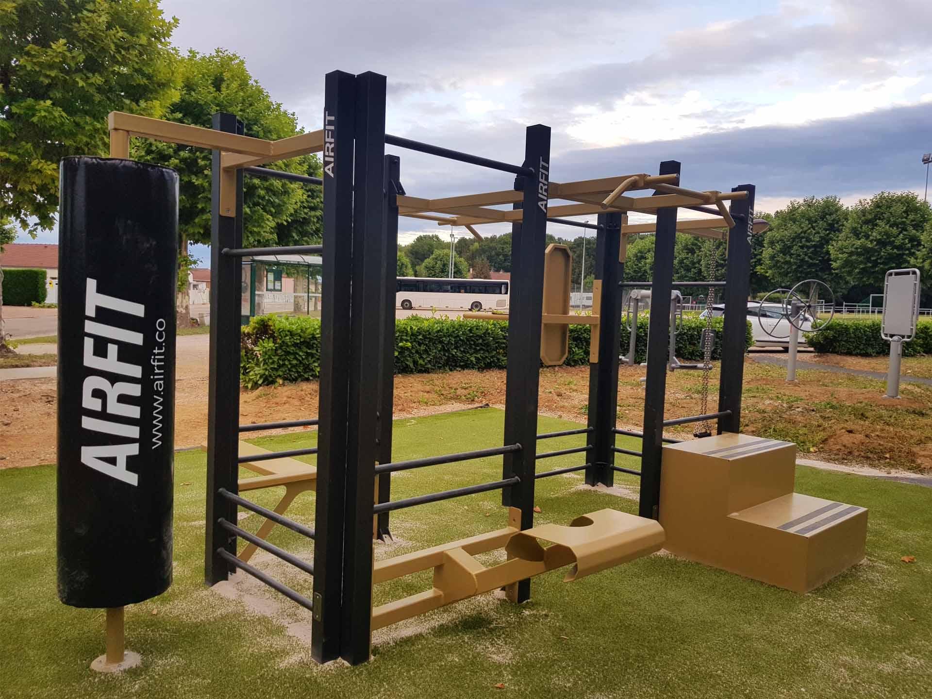 Photo de l'aire de fitness connectée AirFit de Pierre-de-Bresse
