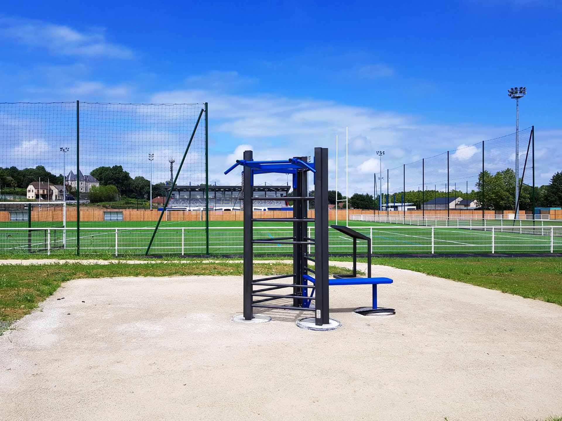 Photo de l'aire de Fitness de Morlaàs au Stade de Football