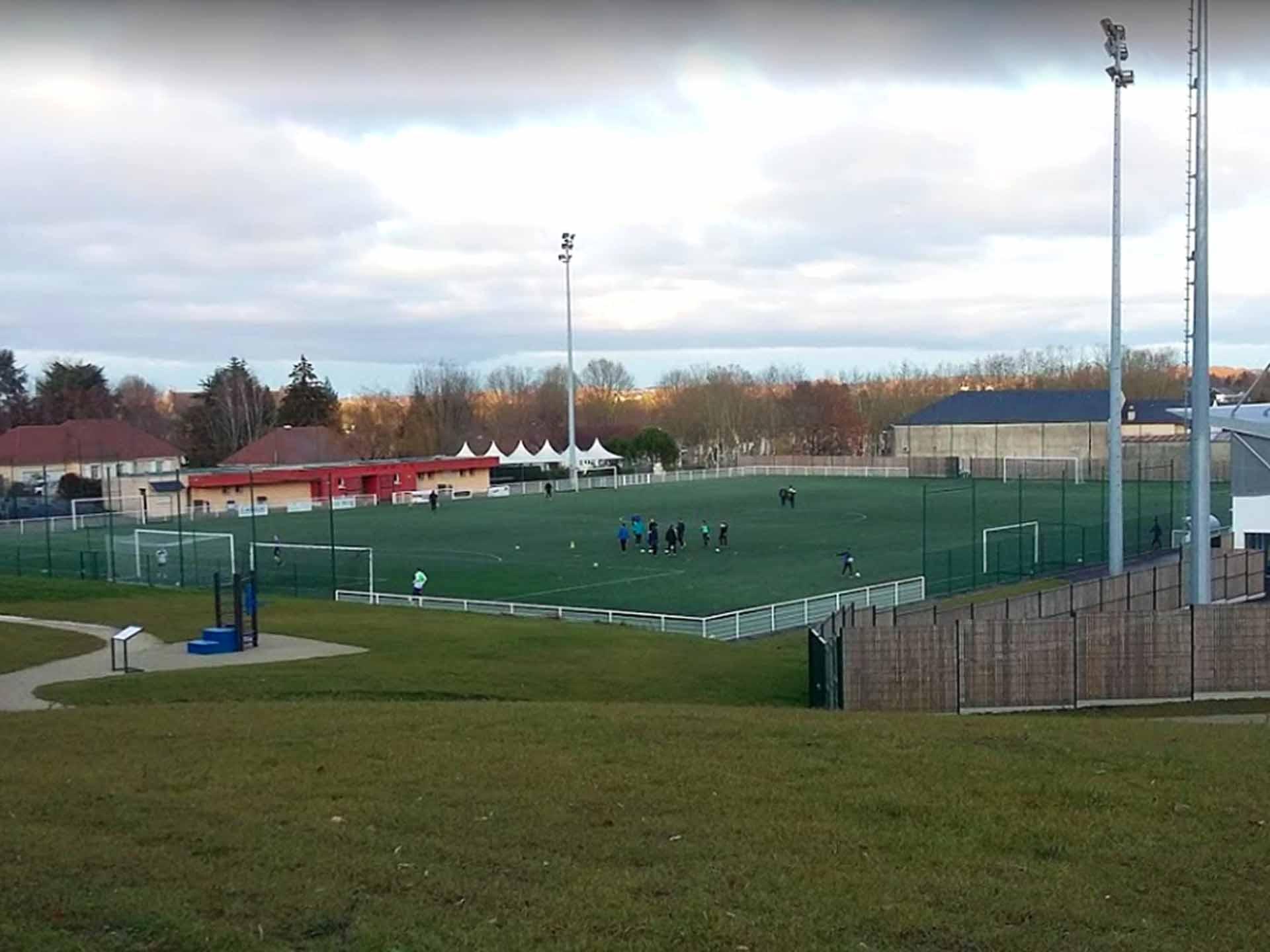 Photo des équipements sportifs extérieurs de Morlaàs - Stade de Foot et AirFit