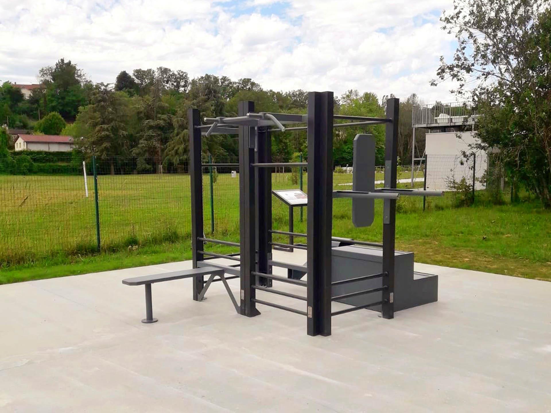 Photo de l'aire de fitness en extérieur AirFit à Châtillon-sur-Chalaronne