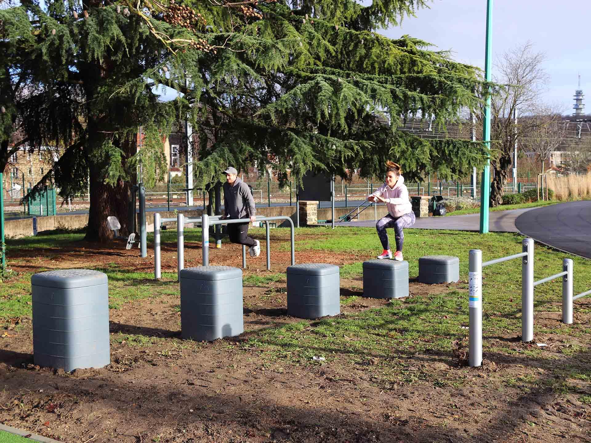 Photo des équipements sportifs en plein air au Stade Jean Jaurès de Chaville
