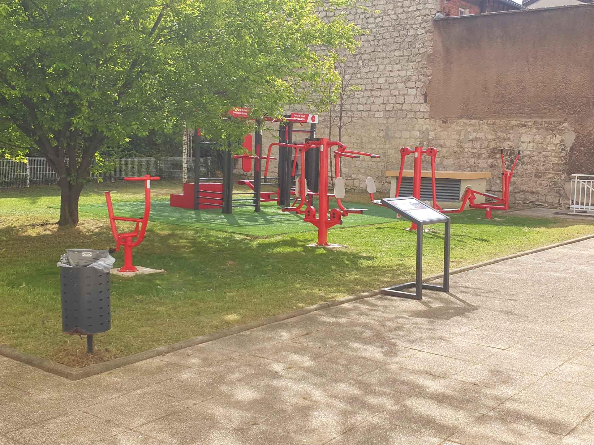 Photo des équipements sportifs en extérieurs AirFit de la Résidence CROUS d'Epinay sur Seine
