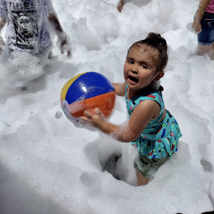 What accessories do you recommend at a foam party?