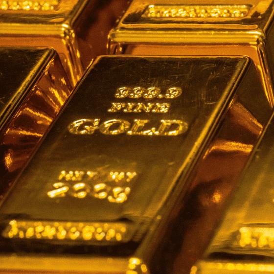 Ingot of pure gold.