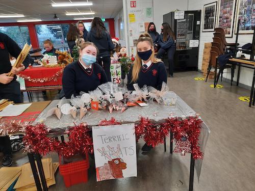 students at christmas