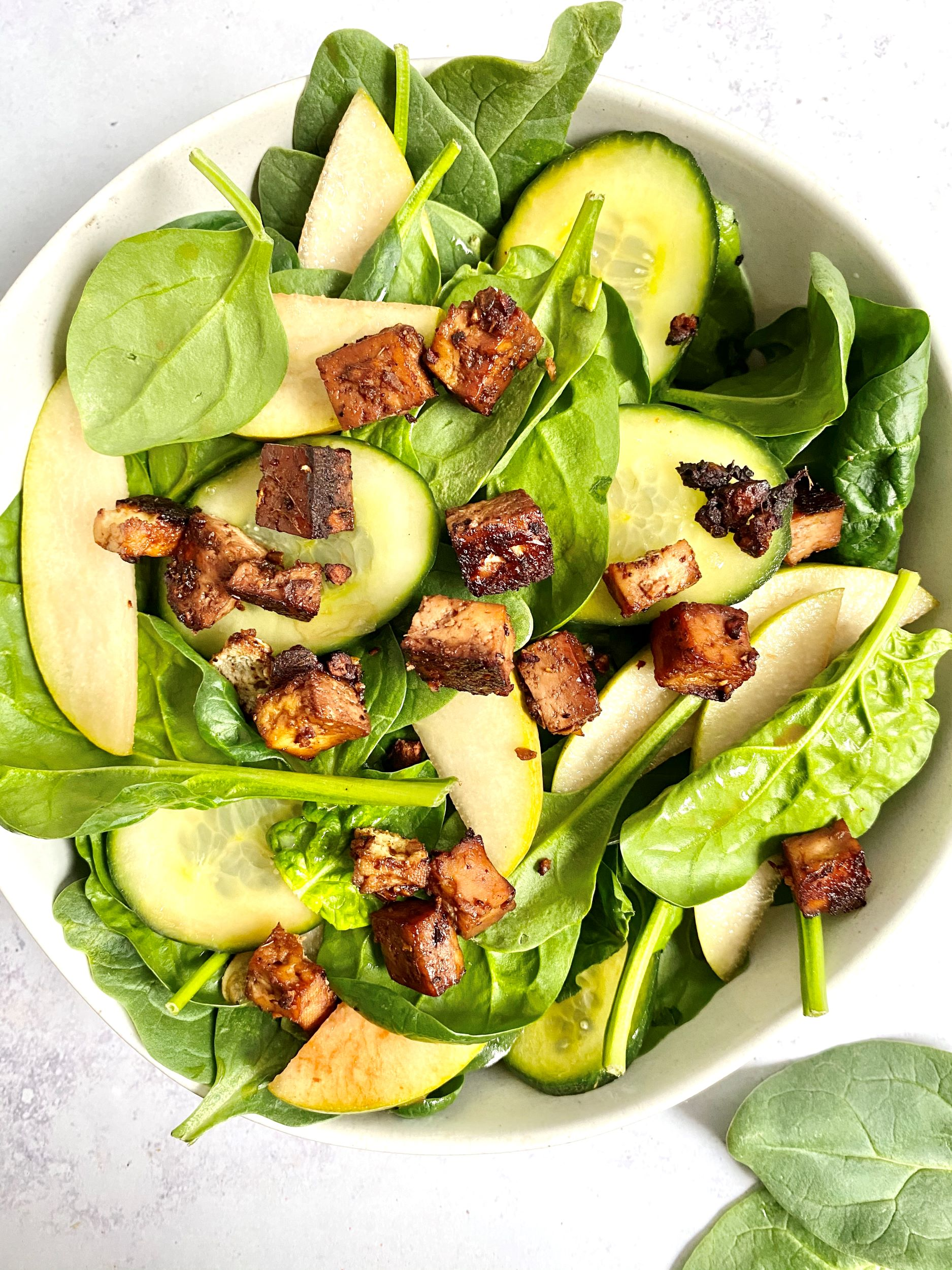 Pear Cucumber Spinach Salad with Ginger Tofu