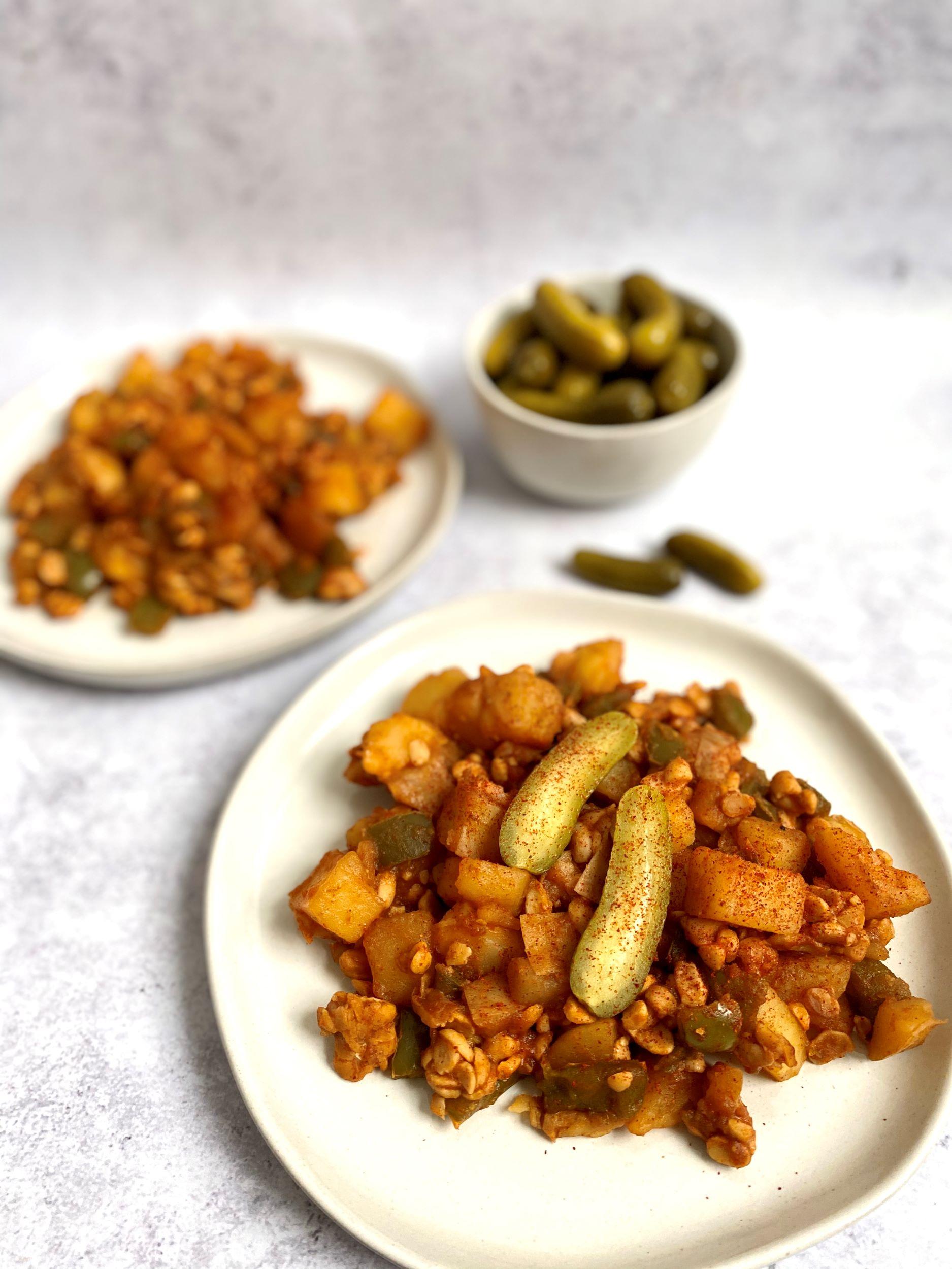Hungarian Pan-Cooked Potatoes with Paprika