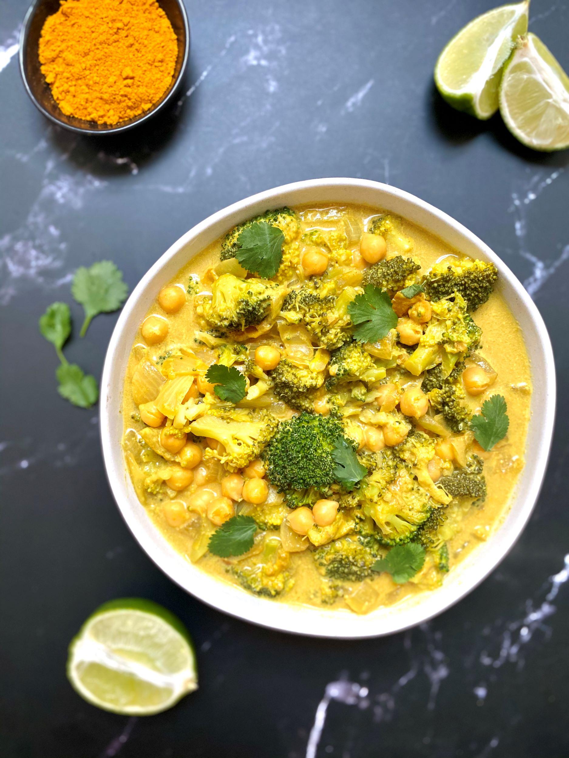 Vegan Broccoli Chickpea Curry