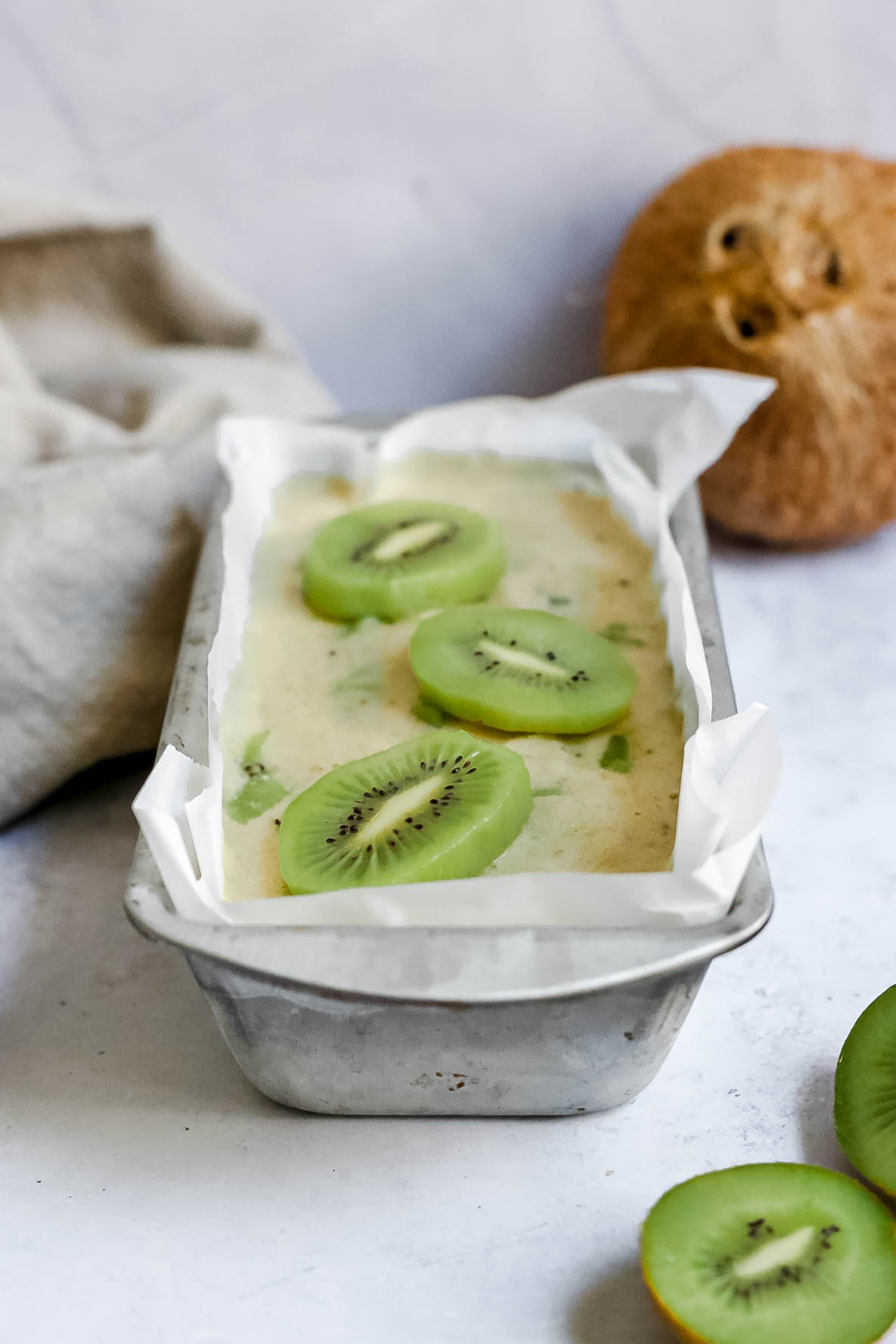 Kiwis and Cream Ice Cream