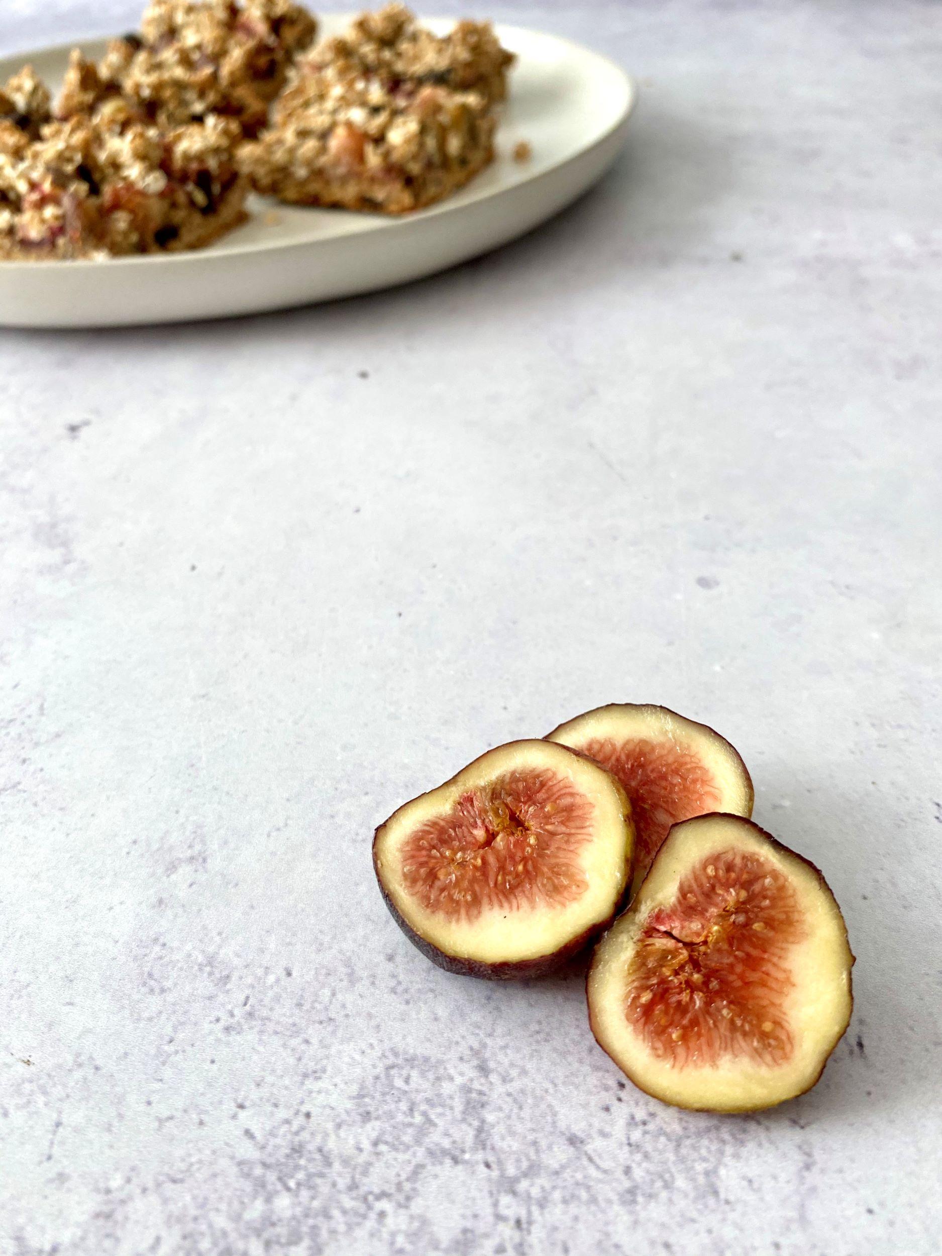 Plant-Based Fig Crumble Bars