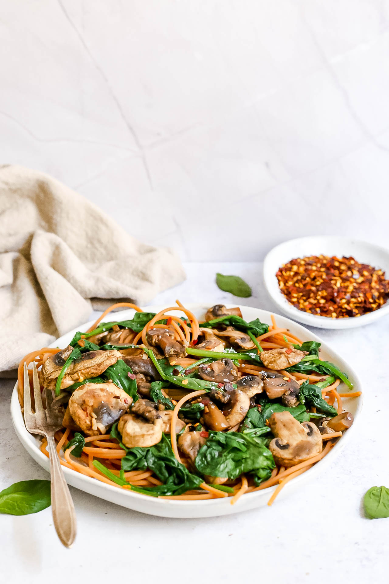 Oil-Free Vegan Spinach-Mushroom Pasta