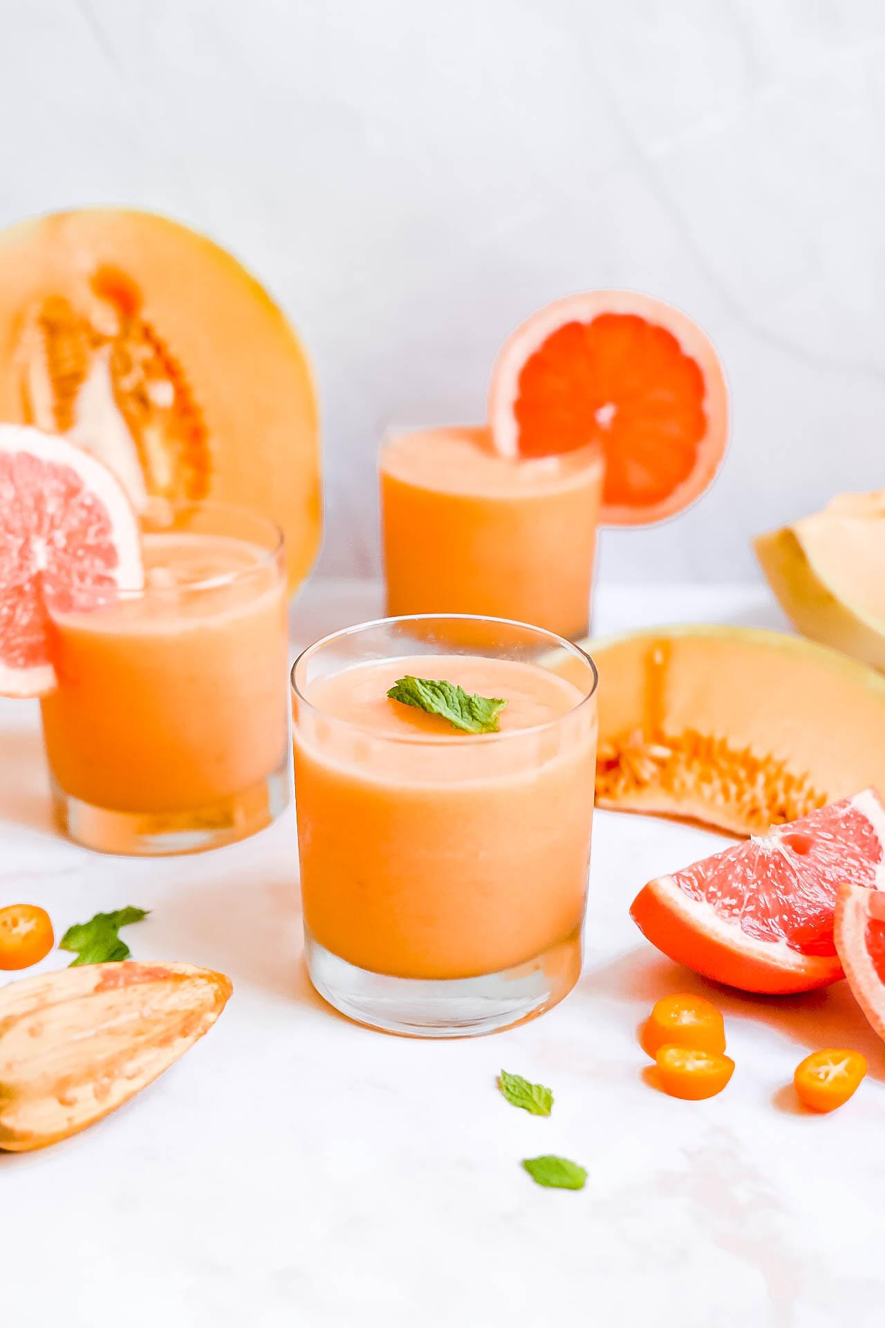 Sugar-Free Frozen Cantaloupe Cocktails