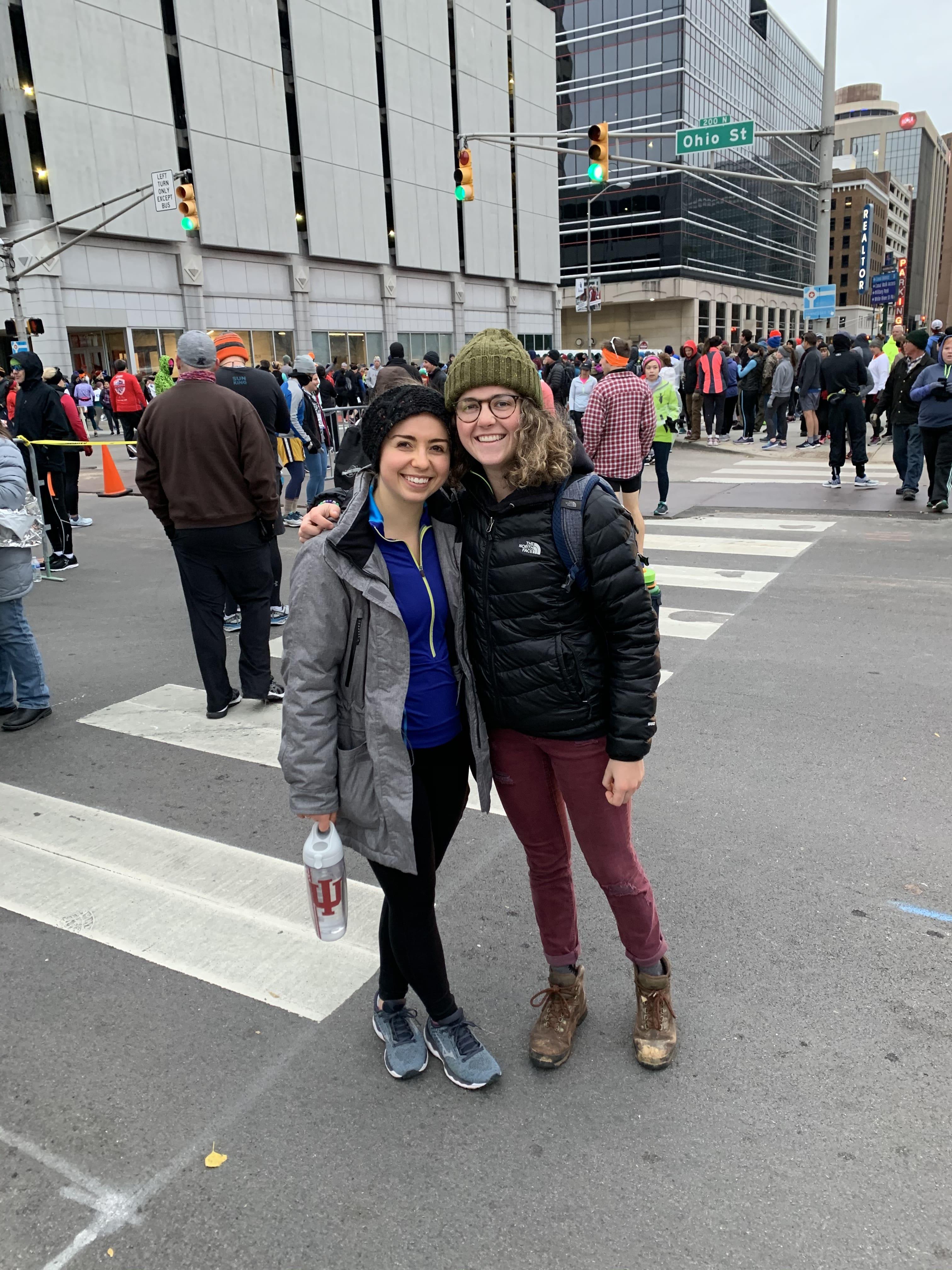 Elizabeth and Lauren before the marathon