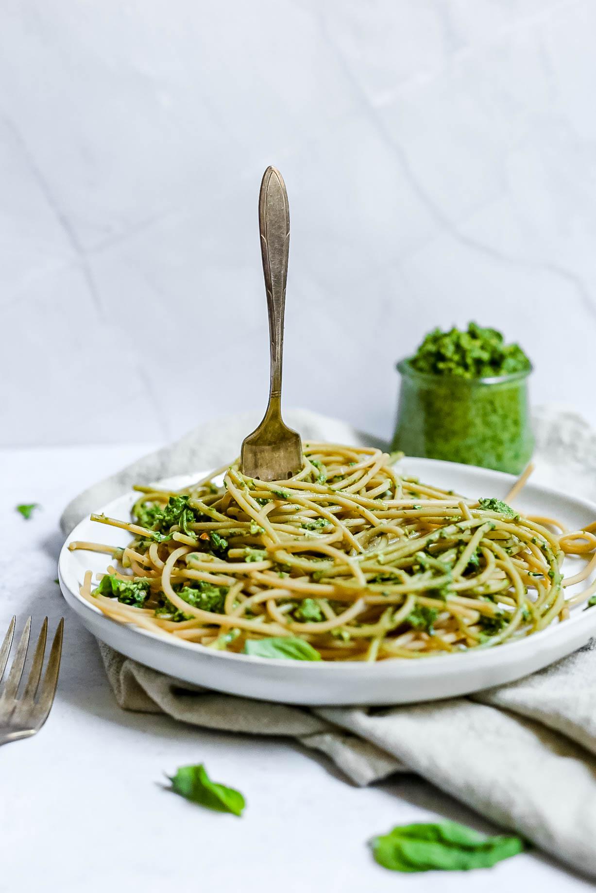 Vegan Spinach Walnut Pesto