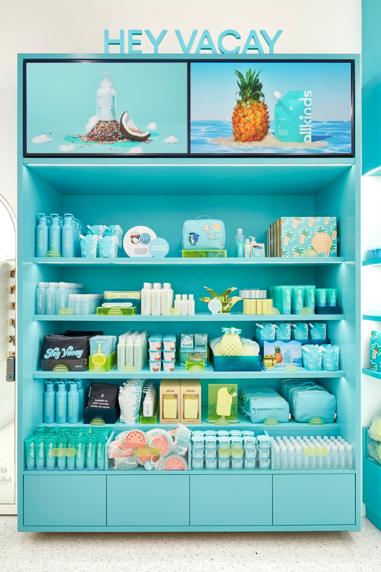 Allkinds Hey Vacay world display shelves