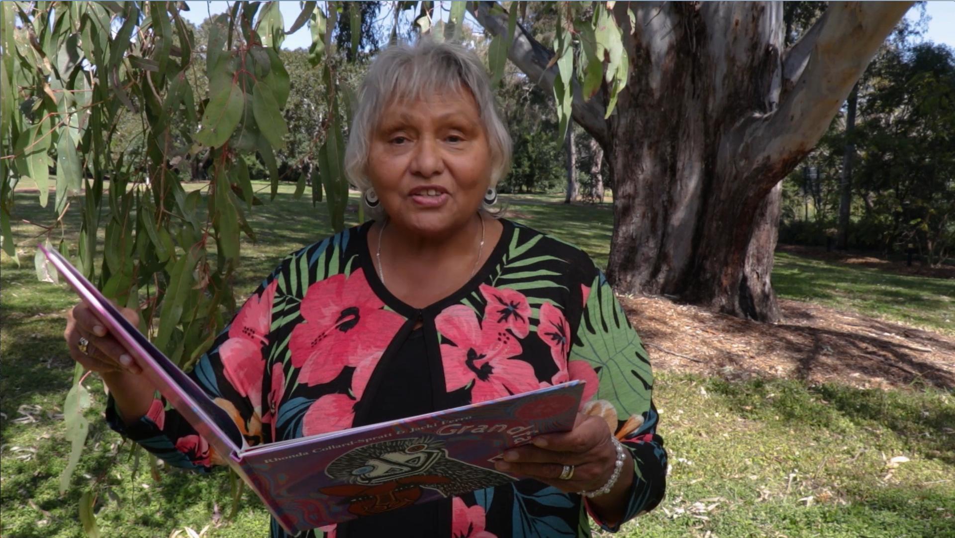 Reading Mother Yonga Kangaroo