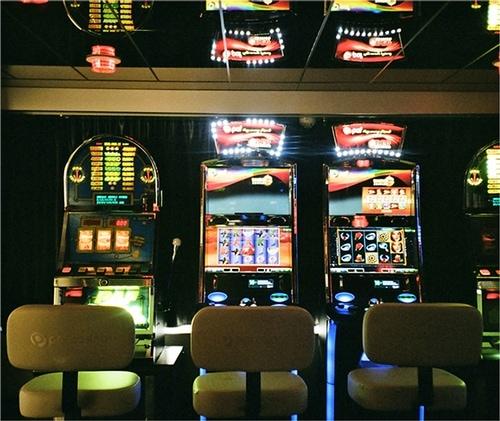 cashless gaming device