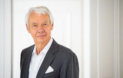Dr. Burkhard Wittek