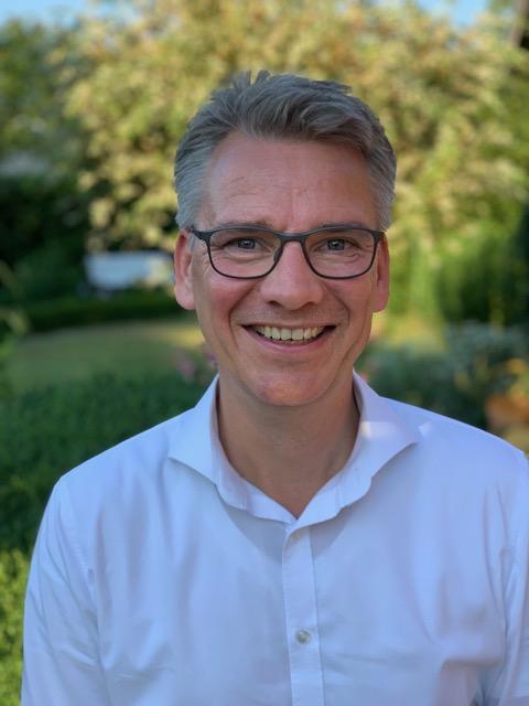 Ralf Pogoda bei Übernahme von Pulsation