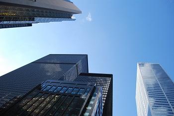 Bild von Hochhäusern um Konzern Office zu veranschaulichen