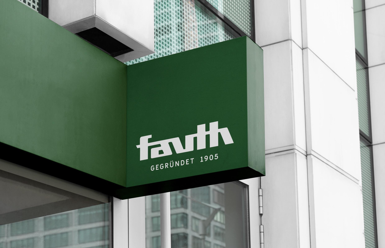 Fauth Chemie – neues Logo in der Außenwirkung auf Gebäude (Kennzeichnung)