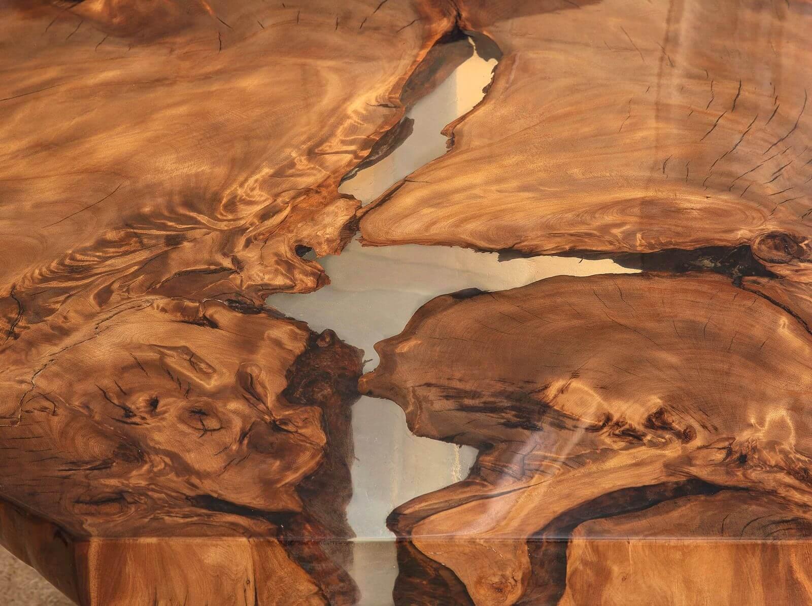 Unvergleichliche Kauri Holztischplatte ein Kunstwerk der Natur und individuelles Möbelunikat aus tausendjährigem Holz handgefertigtes Einzelstück