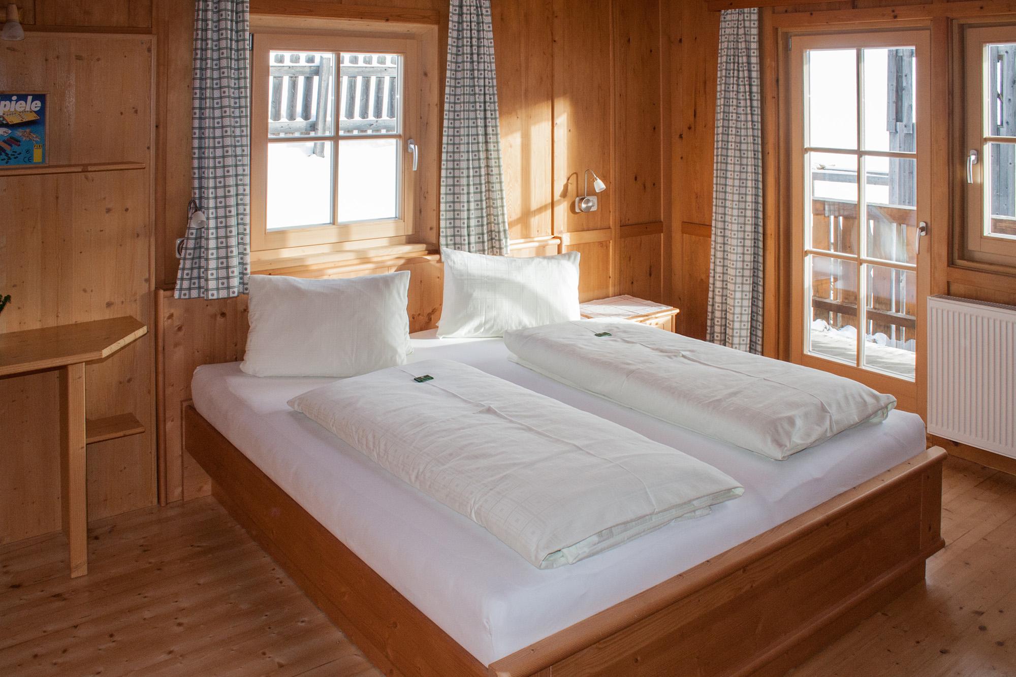 Bett in der Ferienwohnung Morgensonne.