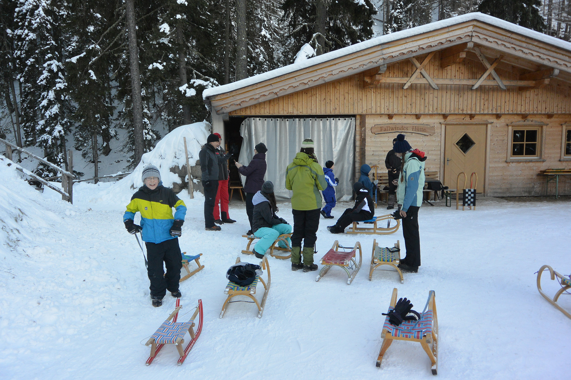 Rodeln im Winter auf den Rodelbahnen Osttirols.