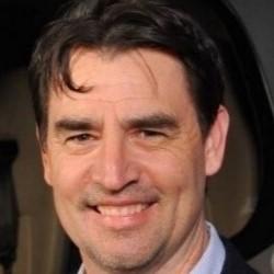 Headshot Joshua Leavitt