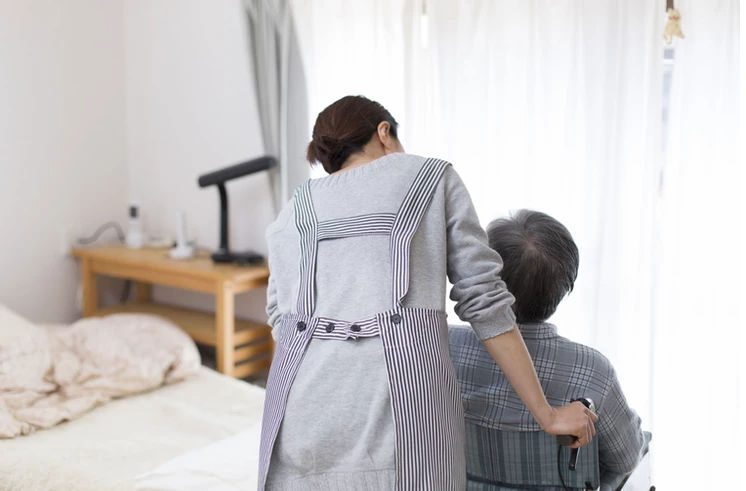 How To Find and Hire In-Home Help for an Older Adult