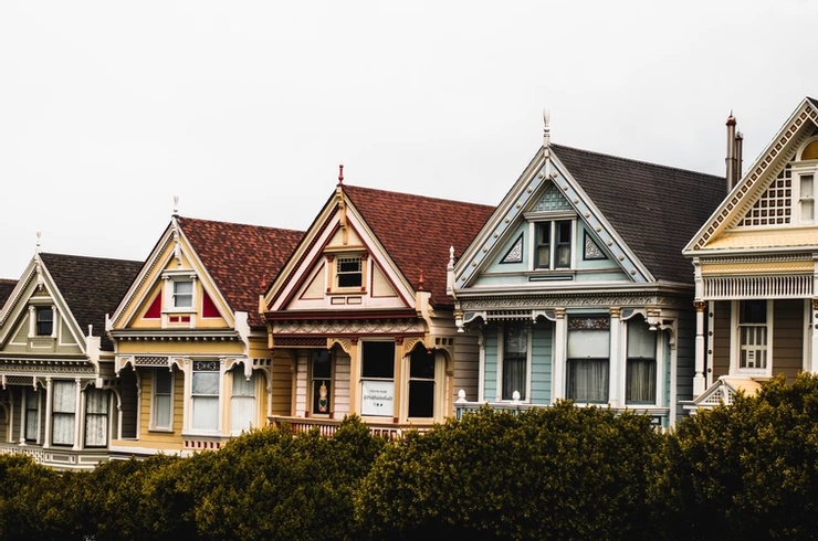 How To Choose a Living Community That Matches an Older Adult's Preferences & Personality