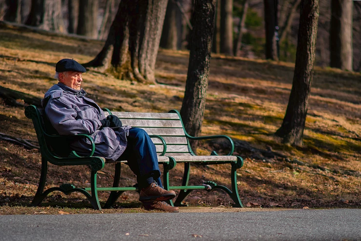 Ways You Can Help the Older Adult With Financial Tasks
