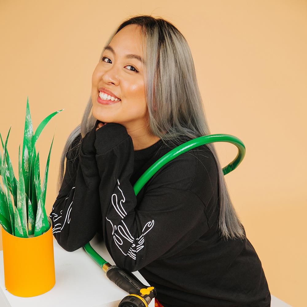 Holly Phan
