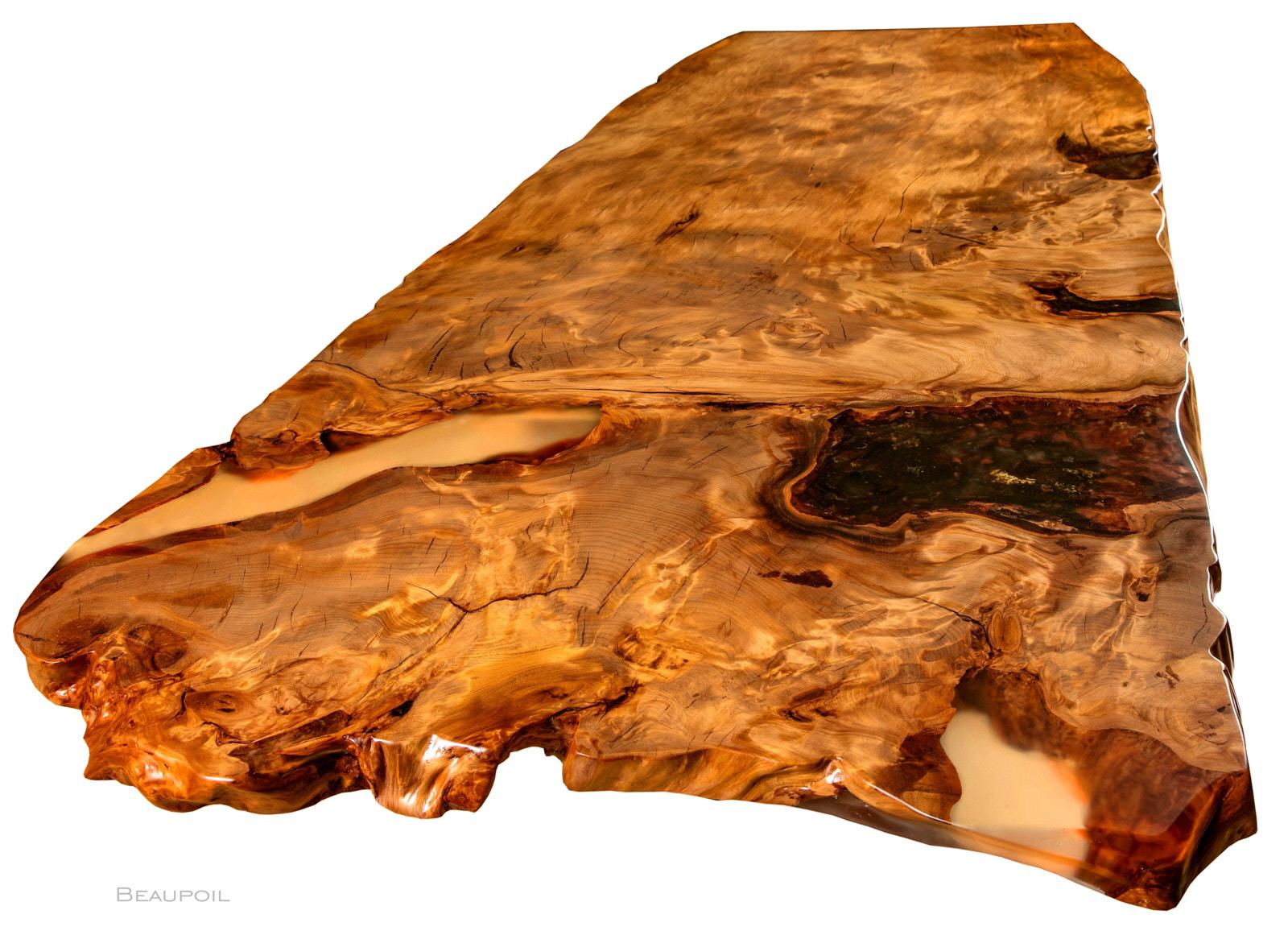Besonderer Kauri Esstisch mit Tischplatte aus Wurzel Stammholz, Einzelstück in Handarbeit mit Naturkanten