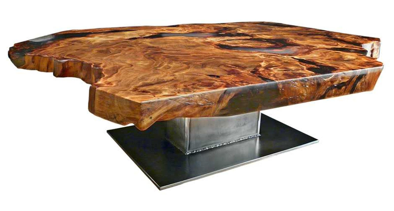 Exklusiver Designer Couchtisch mit Epoxidharz aus Kauri Wurzelholz ein unvergleichliches Unikat mit besonderer Tischplatte