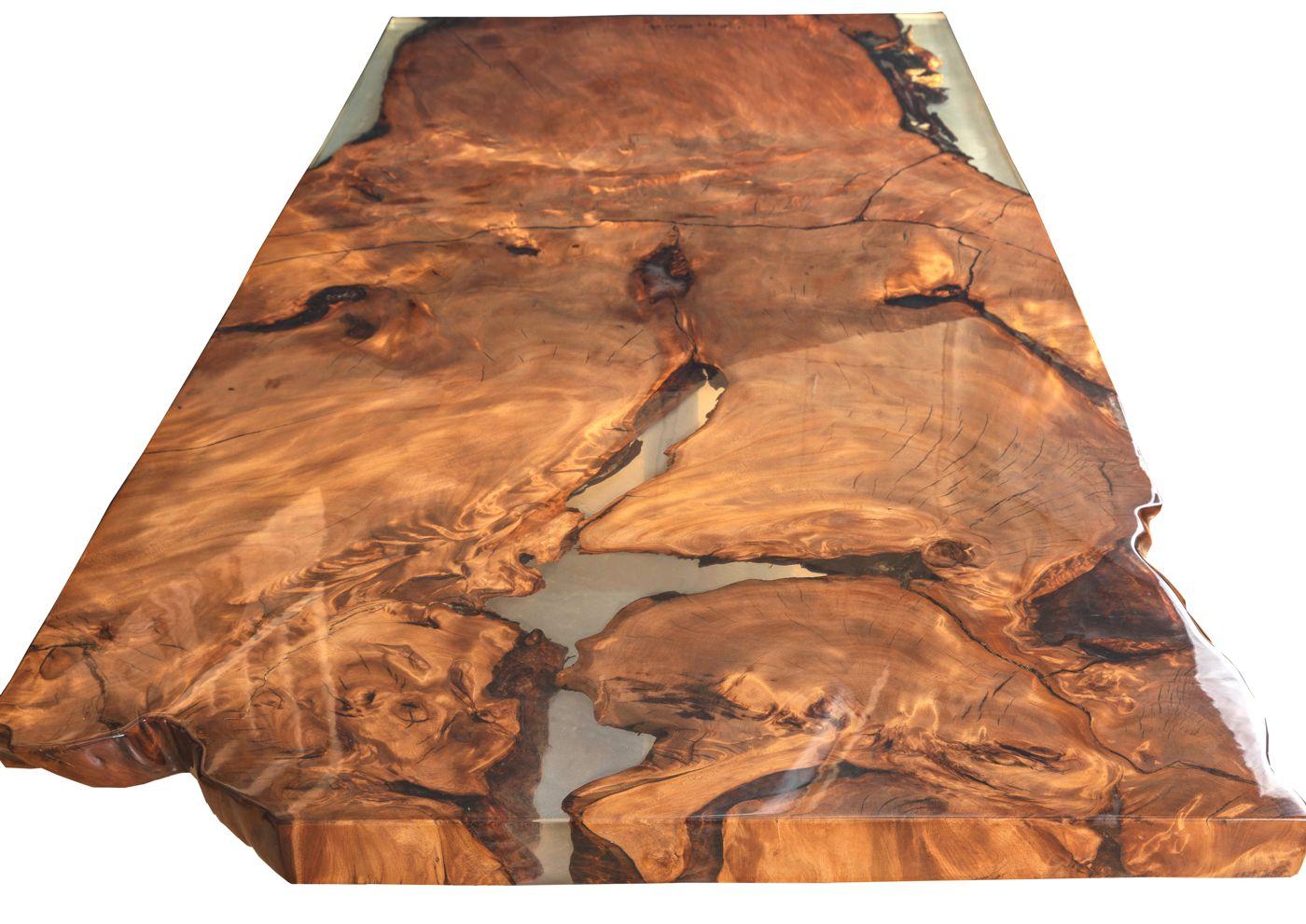 Designer Esstisch als luxuriöses Natur Kunstwerk, ein Unikat Tisch aus Kauri Wurzelholz mit goldfarbenem Bernstein im Luxustisch