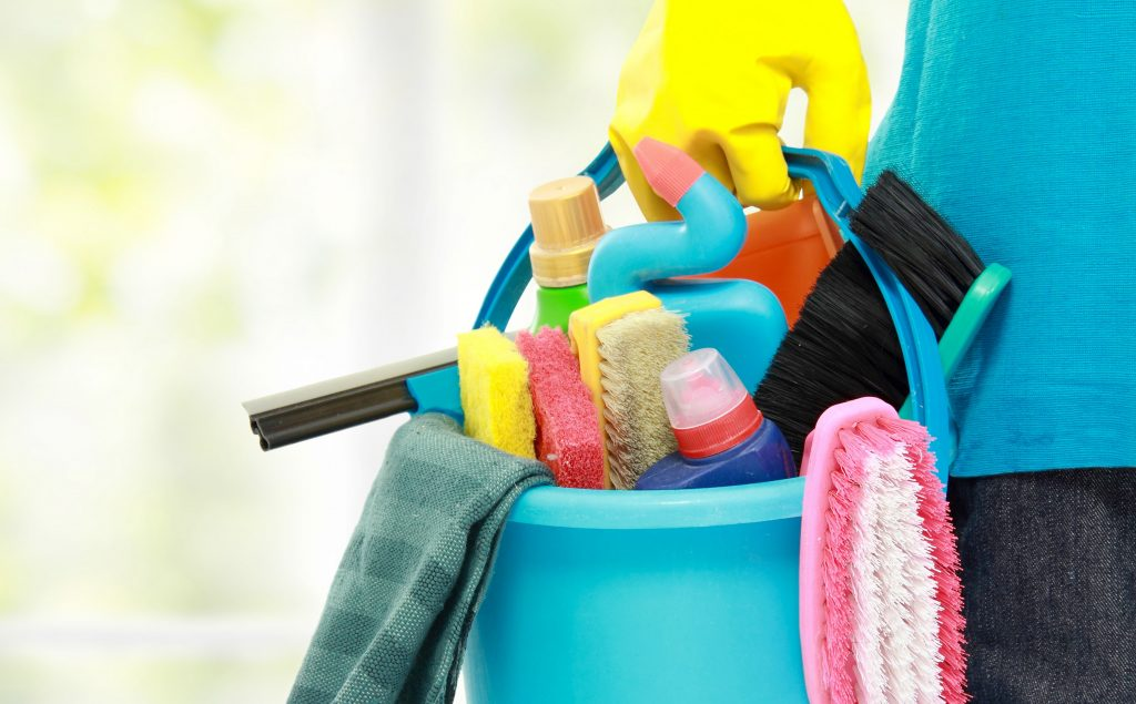 Euro-Maids-House-Cleaning-Service-Naperville-IL-min