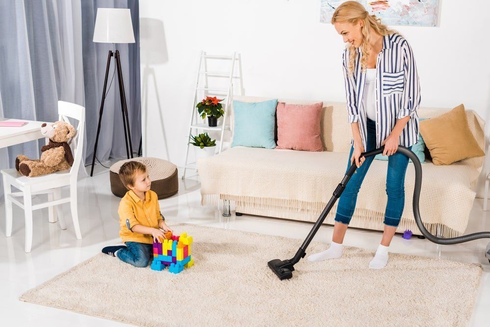 How to Keep the House Clean During Pregnancy