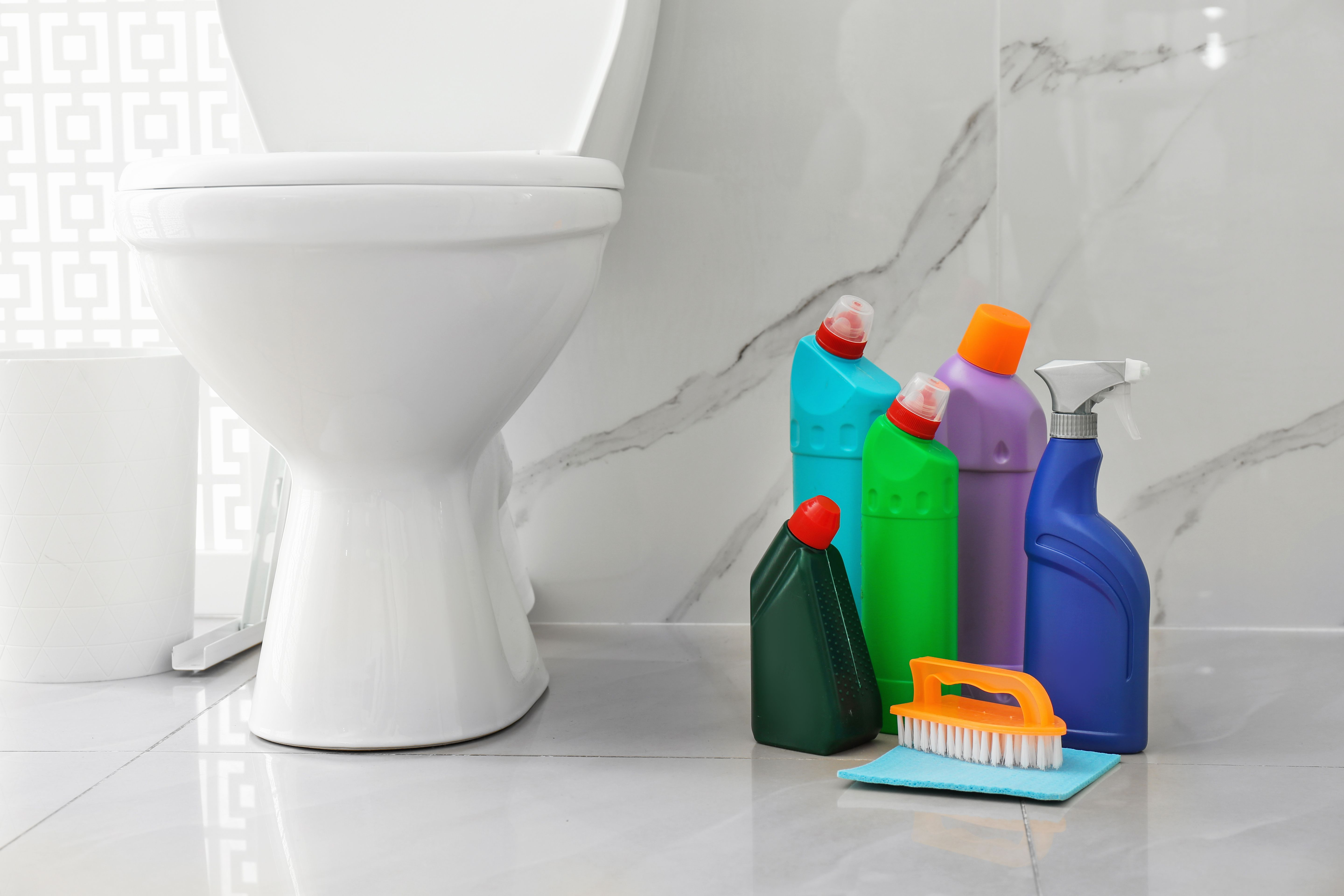 Detergents and cleaning supplies for bathroom cleaning